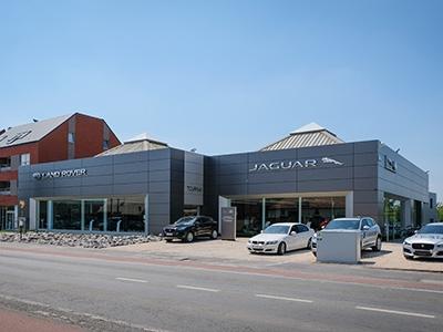 International Garage / Tournai